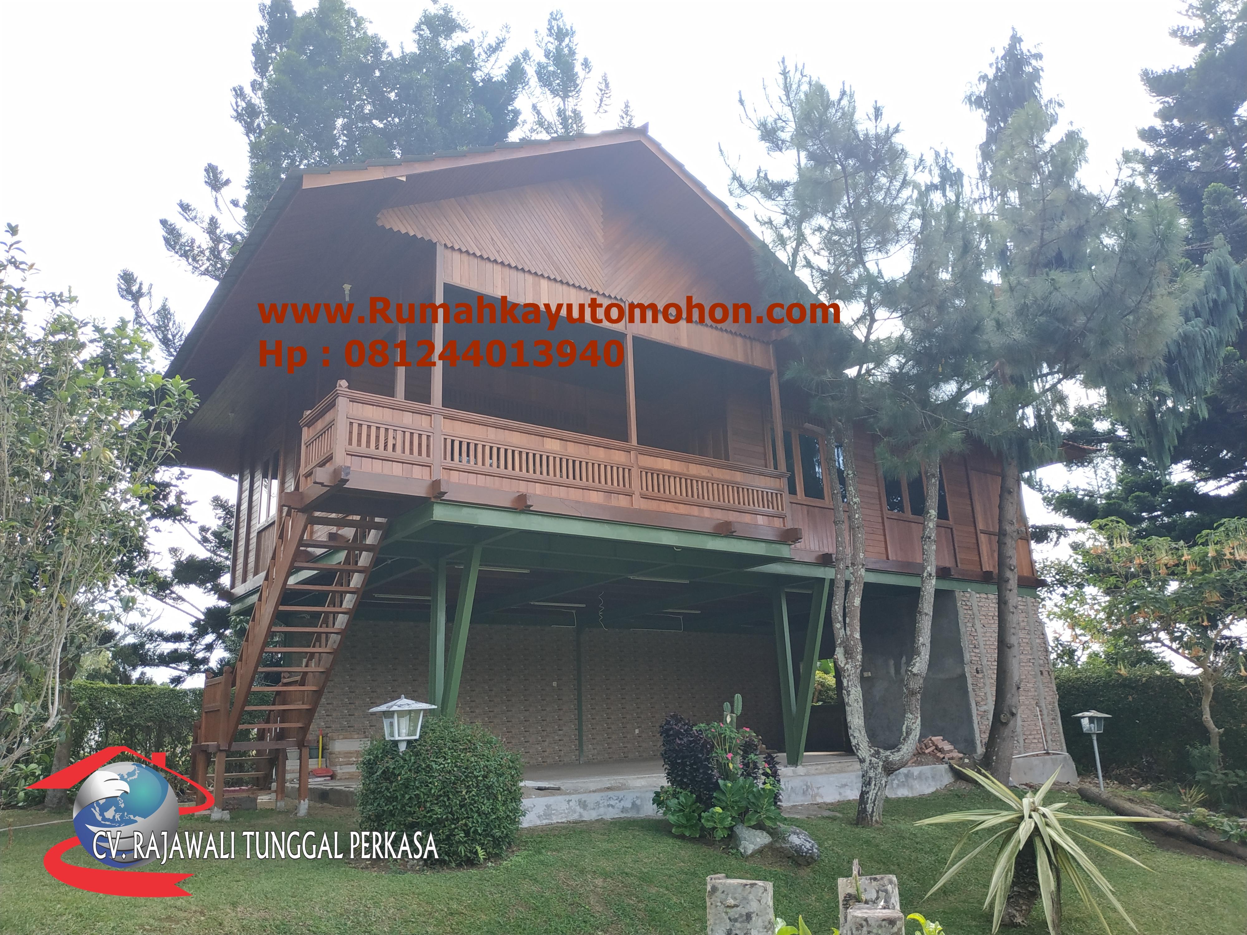 Rumah Panggung Tipe 100 M2 Tiga Kamar Tidur